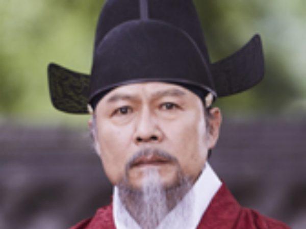 キム・ホン キャスト チョン・ホジン